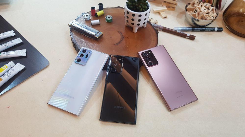 3 pilihan warna