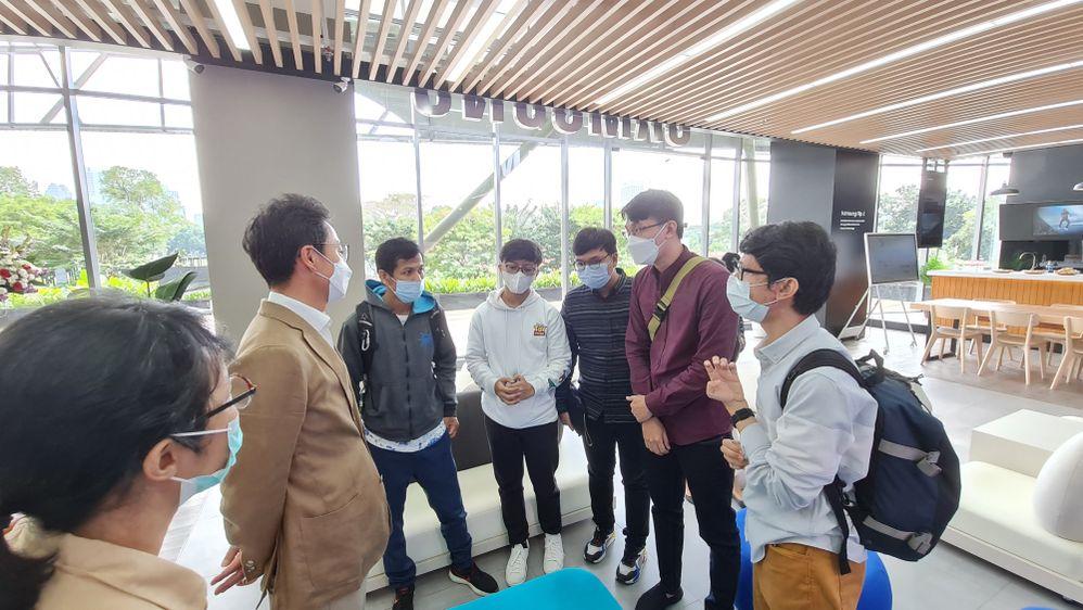 Samsung Members Indonesia bertanya langsung dengan President Director Samsung Indonesia