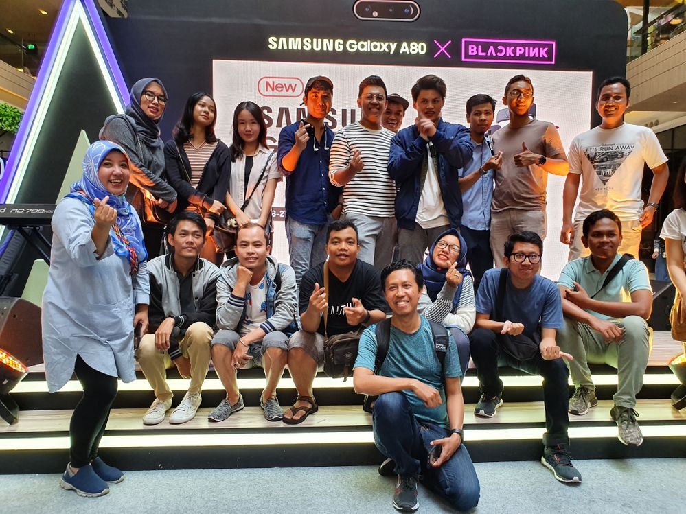 Samsung Members Talk with Agung Hapsah