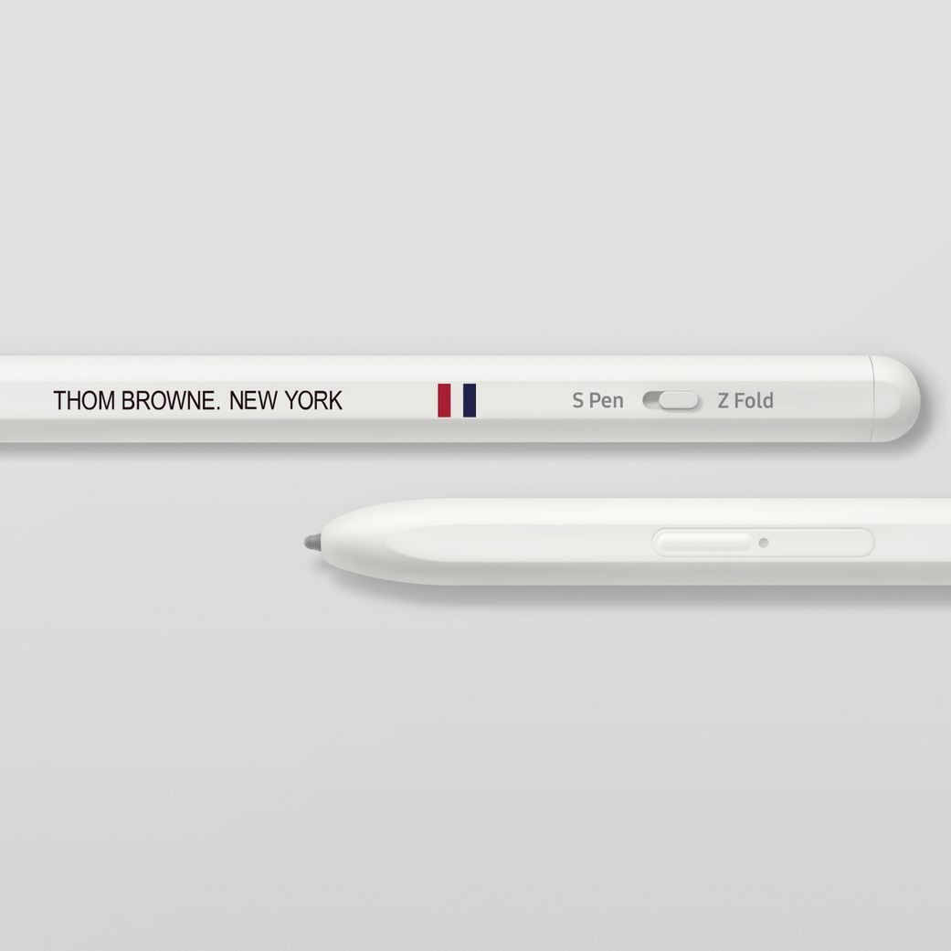 05_thom_browne_3rd_edition_s_pen_pro_product_detail.jpg