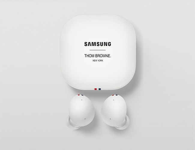 003_thom_browne_3rd_edition_galaxybuds2_product_detail.jpg